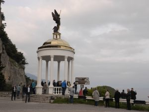 Yalta36